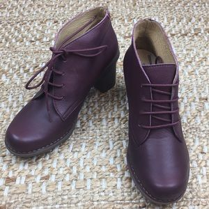 El Naturalista Dovela Dolce Leather Ankle Boots